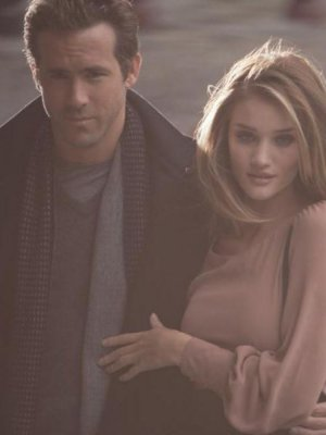 ROSIE HUNTINGTON-WHITELEY I RYAN REYNOLDS W KAMPANII MARKS&SPENCER
