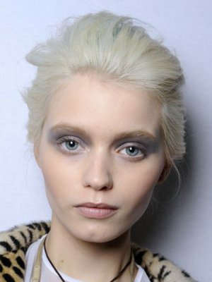 ZOOM NA MODELKĘ – ABBEY LEE KERSHAW