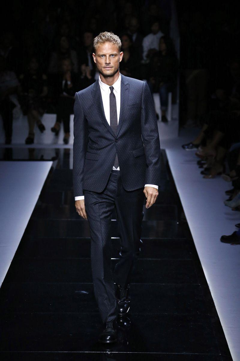 21249f0290 Męski strój wieczorowy zgodny z dress codem - zasady