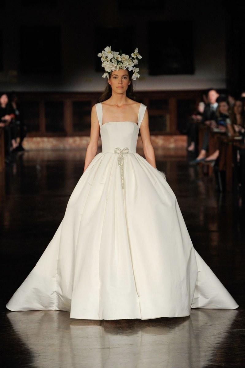 10 Najpiękniejszych Modeli Sukien ślubnych Na Wiosnę 2019 Lamode