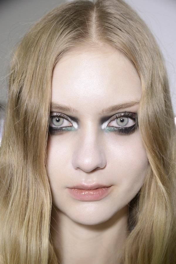 Makijaż Na Studniówkę Trendy 2019 Lamode