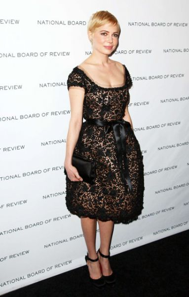 tl_files/gwiazdy/w stylu gwiazd/ZOOM NA STYL - MICHELLE WILLIAMS/EN_00949372_0258.jpg