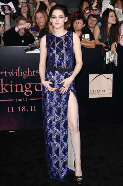 "Kristen Stewart na premierze ""Twilight Saga: Breaking Dawn Part 1"" w Los Angeles"