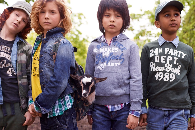 tl_files/kids/moda/LOOKBOOK KOLEKCJI BENETTON SS2011 CHLOPCY/26246.jpg